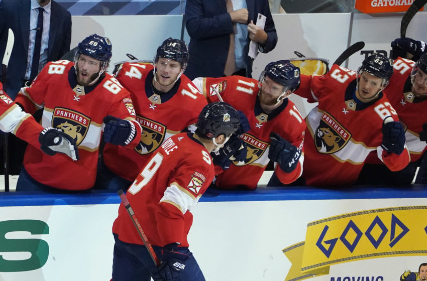 TORONTO, ONTARIO - AUGUST 05: Brian Boyle #9 of the Florida Panthers celebrates his goal at 2:48 of the third period against the New York Islanders in Game Three of the Eastern Conference Qualification Round prior to the 2020 NHL Stanley Cup Playoffs at Scotiabank Arena on August 5, 2020 in Toronto, Ontario, Canada. (Photo by Andre Ringuette/Freestyle Photo/Getty Images)