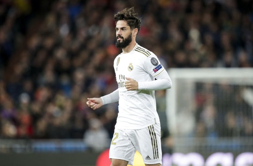 MADRID, SPAIN - NOVEMBER 6: Isco of Real Madrid during the UEFA Champions League match between Real Madrid v Galatasaray at the Santiago Bernabeu on November 6, 2019 in Madrid Spain (Photo by David S. Bustamante/Soccrates/Getty Images)