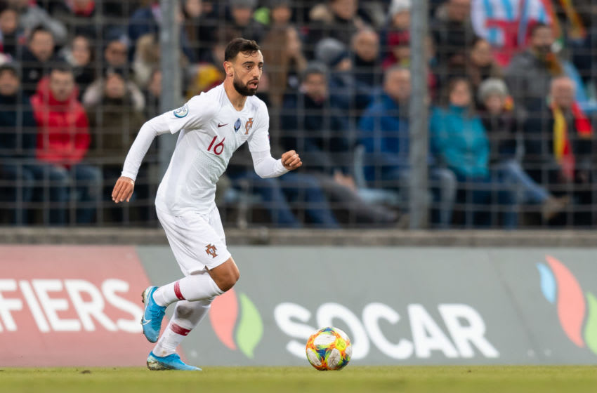 LUXEMBOURG, LUXEMBOURG - NOVEMBER 17: Bruno Fernandes of Portugal controls the ball during the UEFA Euro 2020 Qualifier between Luxembourg and Portugal on November 17, 2019 in Luxembourg, Luxembourg. (Photo by TF-Images/Getty Images)