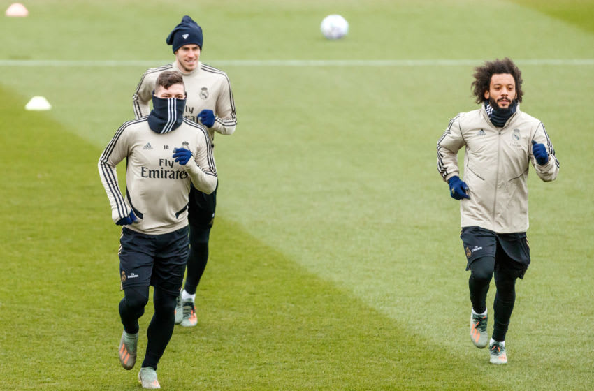 MADRID, SPAIN - JANUARY 21: (BILD ZEITUNG OUT) Luka Jovic, Marcelo Vieira and Gareth Bale of Real Madrid looks on during the training session of Real Madrid on January 21, 2019 in Madrid, Spain. (Photo by TF-Images/Getty Images)