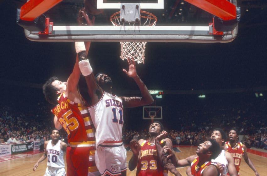 Philadelphia 76ers, Caldwell Jones (Photo by Focus on Sport/Getty Images)