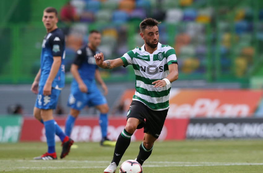 LISBON, PORTUGAL - AUGUST 5: Bruno Fernandes of Sporting CP in action during the Pre-Season Friendly match between Sporting CP and Empoli FC at Estadio Jose Alvalade on August 5, 2018 in Lisbon, Portugal. (Photo by Gualter Fatia/Getty Images)