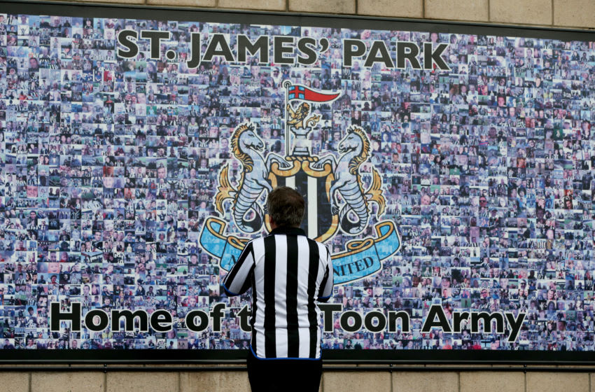 NEWCASTLE UPON TYNE, ENGLAND - NOVEMBER 03: A Newcastle United fan waits outside the stadium prior to the Premier League match between Newcastle United and Watford FC at St. James Park on November 3, 2018 in Newcastle upon Tyne, United Kingdom. (Photo by Nigel Roddis/Getty Images)
