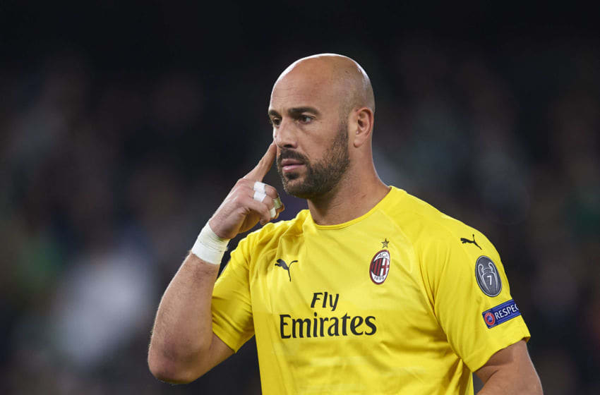 SEVILLE, SPAIN - NOVEMBER 08: Pepe Reina of AC Milan reacts during the UEFA Europa League Group F match between Real Betis and AC Milan at Estadio Benito Villamarin on November 8, 2018 in Seville, Spain. (Photo by Aitor Alcalde/Getty Images)