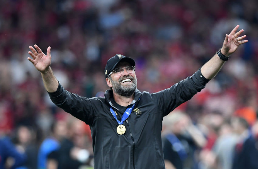 MADRID, SPAIN - JUNE 01: Jurgen Klopp, Manager of Liverpool acknowledges the fans in celebration after the UEFA Champions League Final between Tottenham Hotspur and Liverpool at Estadio Wanda Metropolitano on June 01, 2019 in Madrid, Spain. (Photo by Michael Regan/Getty Images)