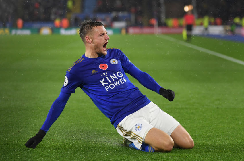 LEICESTER, ENGLAND - NOVEMBER 09: Jamie Vardy of Leicester City celebrates after scoring his team's first goal during the Premier League match between Leicester City and Arsenal FC at The King Power Stadium on November 09, 2019 in Leicester, United Kingdom. (Photo by Michael Regan/Getty Images)