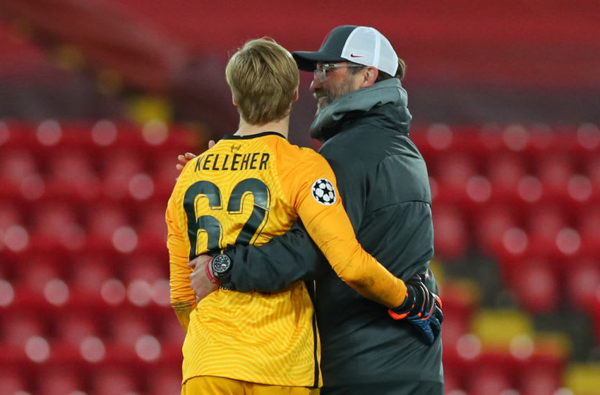 Liverpool's manager Jurgen Klopp and goalkeeper Caoimhin Kelleher (Photo by PETER BYRNE/POOL/AFP via Getty Images)