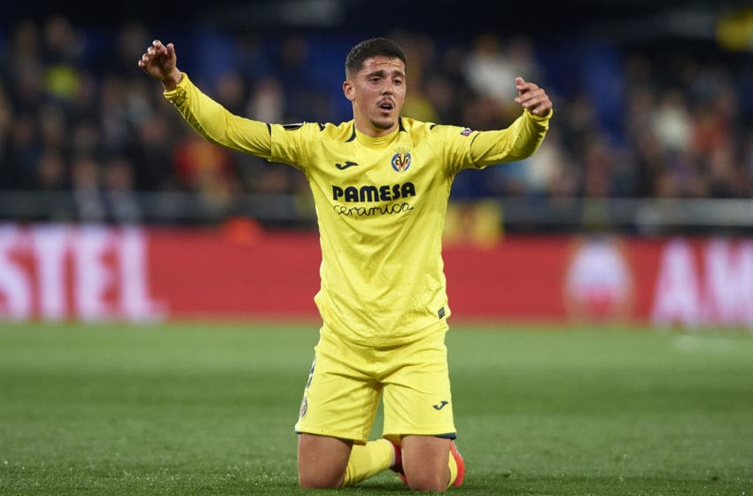 VILLAREAL, SPAIN - APRIL 11: Pablo Fornals of Villarreal CF reacts during the UEFA Europa League Quarter Final First Leg match between Villarreal and Valencia at Estadio de la Ceramica on April 11, 2019 in Villareal, Spain. (Photo by Fotopress/Getty Images)