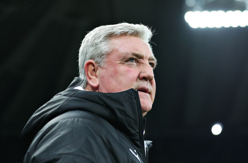 NEWCASTLE UPON TYNE, ENGLAND - JANUARY 18: Steve Bruce, Manager of Newcastle United looks on during the Premier League match between Newcastle United and Chelsea FC at St. James Park on January 18, 2020 in Newcastle upon Tyne, United Kingdom. (Photo by Alex Livesey/Getty Images)