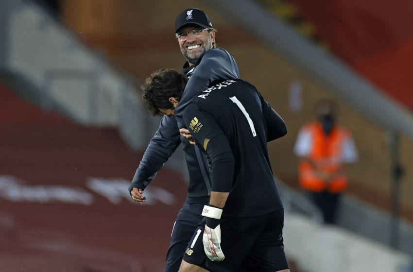 Liverpool, Jurgen Klopp, Alisson Becker (Photo by PHIL NOBLE/POOL/AFP via Getty Images)
