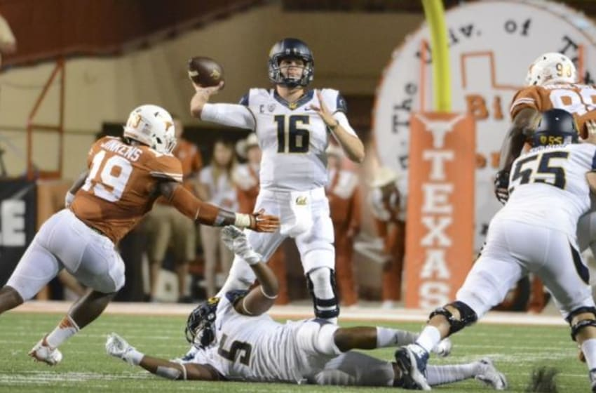 Sep 19, 2015; Austin, TX, USA; California Golden Bears quarterback Jared Goff (16) makes a pass against the Texas Longhorns during the fourth quarter at Darrell K Royal-Texas Memorial Stadium. Cal beat Texas 45-44. Mandatory Credit: Brendan Maloney-USA TODAY Sports
