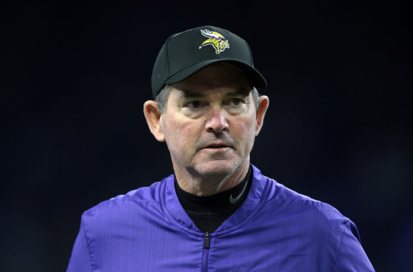 (Photo by Jorge Lemus/NurPhoto via Getty Images) Mike Zimmer