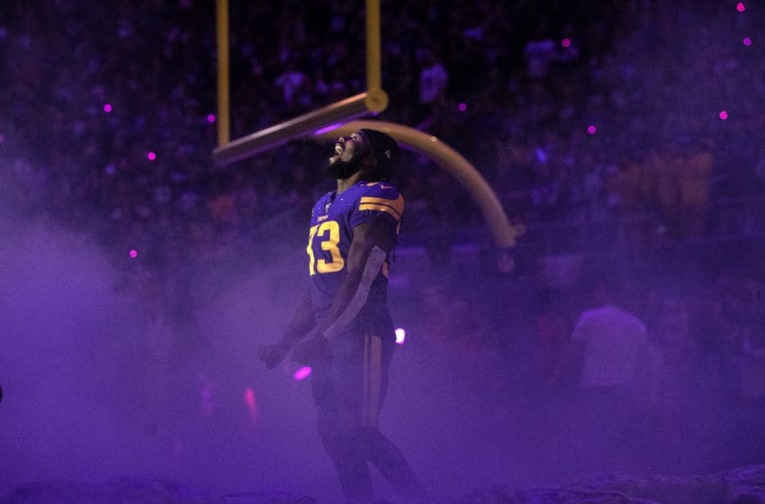 Minneapolis, MN-October 24: Minneosta Vikings running back Dalvin Cook ran out during team introductions. (Photo by Carlos Gonzalez/Star Tribune via Getty Images)