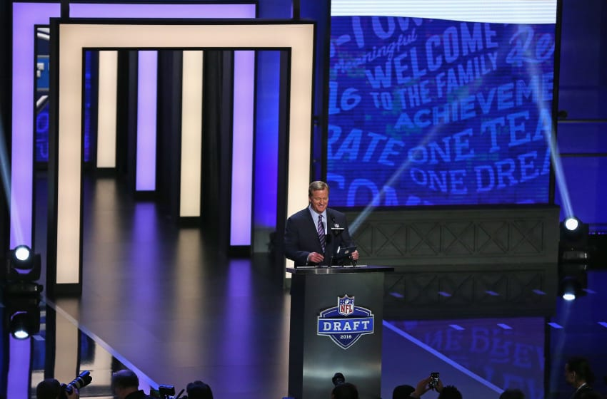 CHICAGO, IL - APRIL 28: Roger Goodell announces a Minnesota Vikings draft pick during the 2016 NFL Draft at the Auditorium Theater on April 28, 2016 in Chicago, Illinois. (Photo by Jonathan Daniel/Getty Images)