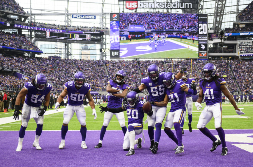 MINNEAPOLIS, MN - OCTOBER 13: Mackensie Alexander #20 of the Minnesota Vikings celebrates with teammates after intercepting the ball in the fourth quarter of the game against the Philadelphia Eagles at U.S. Bank Stadium on October 13, 2019 in Minneapolis, Minnesota. (Photo by Stephen Maturen/Getty Images)