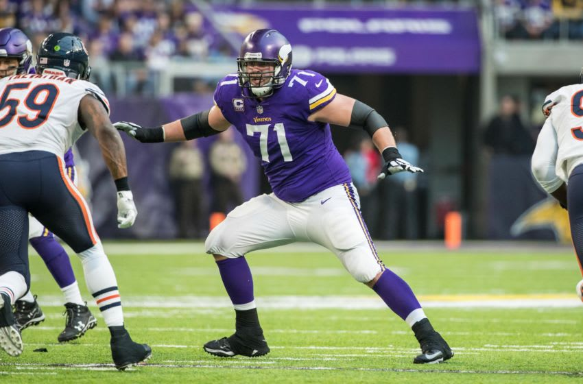 (Photo by Brace Hemmelgarn-USA TODAY Sports) Riley Reiff