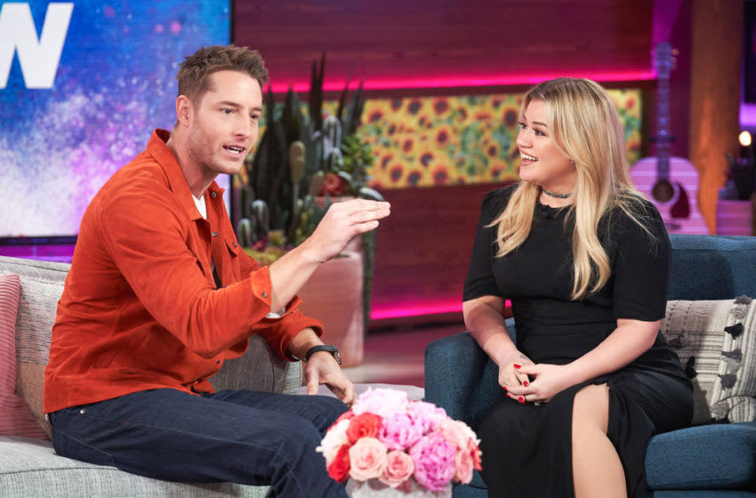THE KELLY CLARKSON SHOW -- Episode 3095 -- Pictured: (l-r) Justin Hartley, Kelly Clarkson -- (Photo by: Adam Christopher/NBCUniversal)