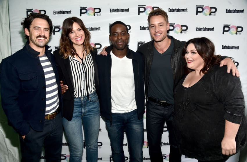 LOS ANGELES, CA - OCTOBER 30: (L-R) Actors Milo Ventimiglia, Mandy Moore, Sterling K. Brown, Justin Hartley and Chrissy Metz pose backstage during the