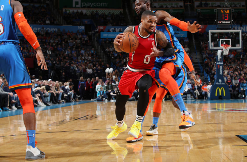 JANUARY 18: Damian Lillard #0 of the Portland Trail Blazers drives to the basket against the OKC Thunder (Photo by Zach Beeker/NBAE via Getty Images)