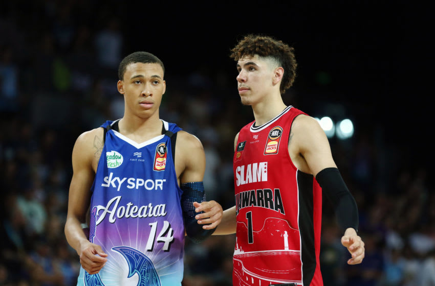 LaMelo Ball of the Hawks and RJ Hampton (Photo by Anthony Au-Yeung/Getty Images)