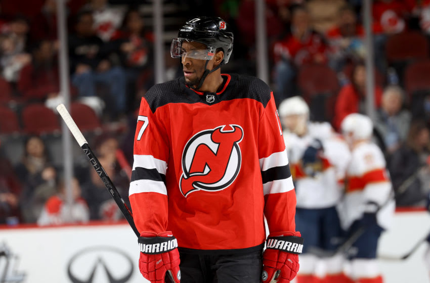 Wayne Simmonds #17 of the New Jersey Devils. (Photo by Elsa/Getty Images)