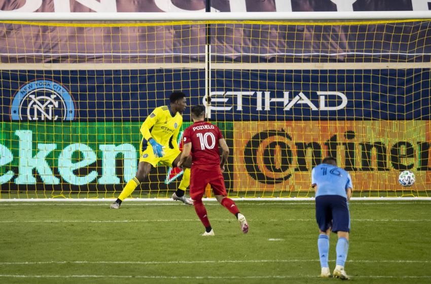 Alejandro Pozuelo #10 of Toronto FC. (Photo by Ira L. Black - Corbis/Getty Images)