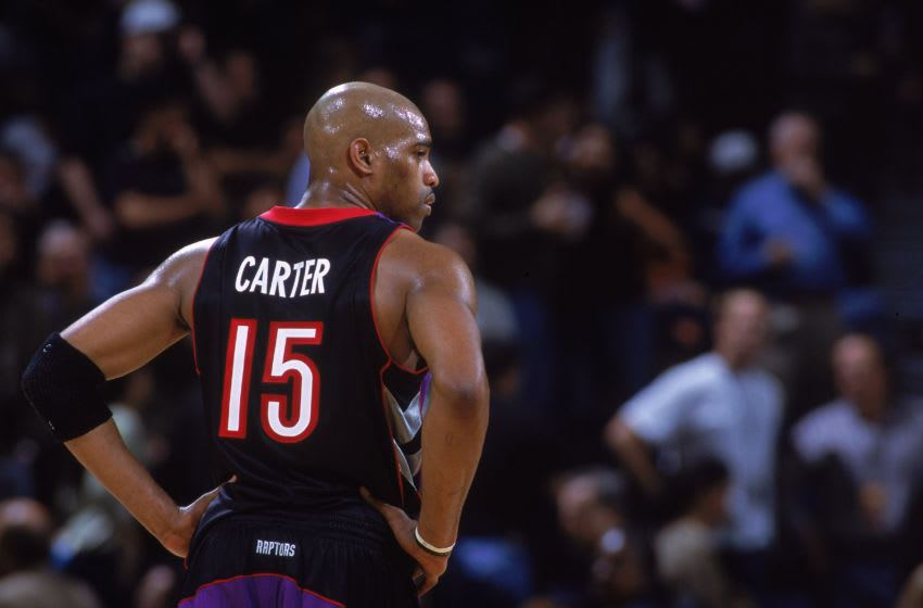 Toronto Raptors forward Vince Carter. (Jed Jacobsohn /Allsport)