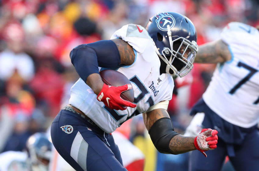 KANSAS CITY, MISSOURI - JANUARY 19: Derrick Henry #22 of the Tennessee Titans runs with the ball in the second half against the Kansas City Chiefs in the AFC Championship Game at Arrowhead Stadium on January 19, 2020 in Kansas City, Missouri. (Photo by Tom Pennington/Getty Images)