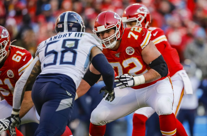 KANSAS CITY, MO - JANUARY 19: Eric Fisher #72 of the Kansas City Chiefs prepares to block Harold Landry #58 of the Tennessee Titans in the second quarter of the AFC Championship game at Arrowhead Stadium on January 19, 2020 in Kansas City, Missouri. (Photo by David Eulitt/Getty Images)