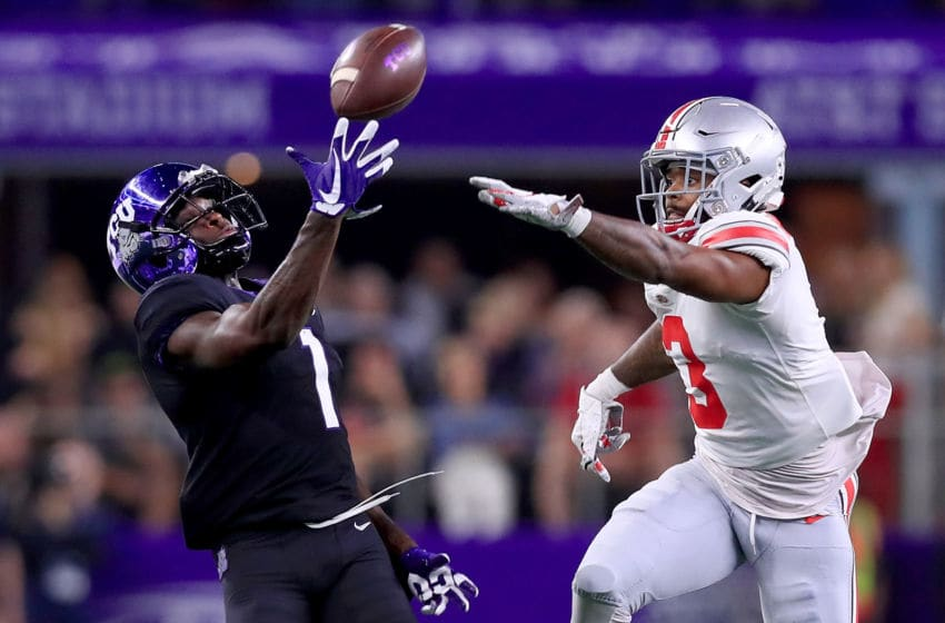 ARLINGTON, TX - SEPTEMBER 15: Jalen Reagor #1 of the TCU Horned Frogs pulls in a pass against Damon Arnette Jr #3 of the Ohio State Buckeyes in the first quarter during The AdvoCare Showdown at AT&T Stadium on September 15, 2018 in Arlington, Texas. (Photo by Tom Pennington/Getty Images)