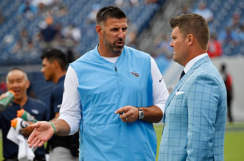Mike Vrabel, Jon Robinson (USA TODAY Sports images)