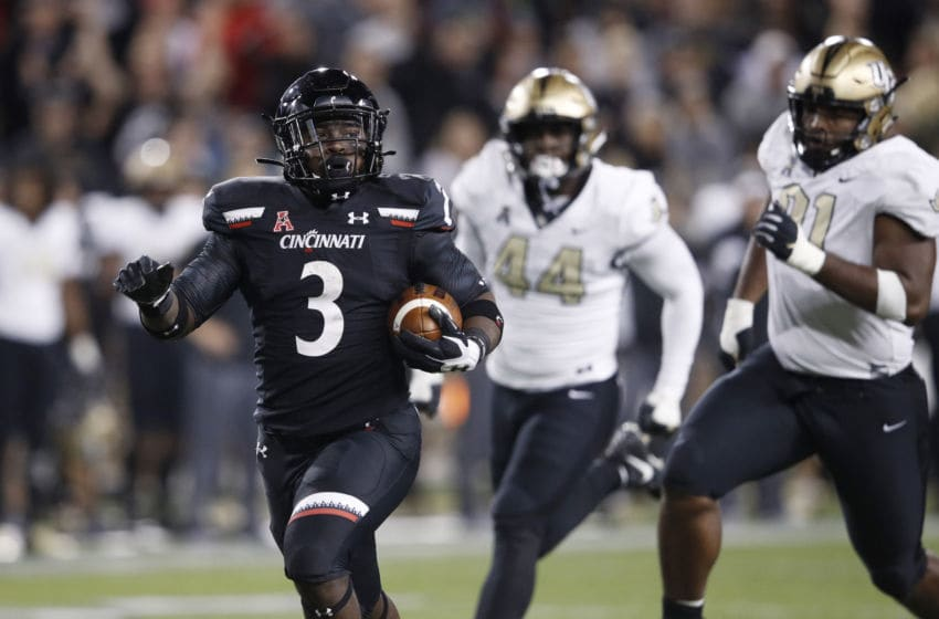 Michael Warren II #3 of the Cincinnati Bearcats (Photo by Joe Robbins/Getty Images)