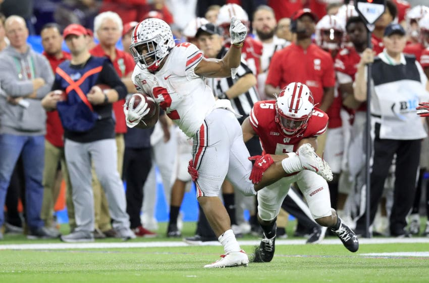 INDIANAPOLIS, INDIANA - DECEMBER 07: J.K. Dobbins #2 of the Ohio State Buckeyes runs with the ball in the BIG Ten Football Championship Game against the Wisconsin Badgers at Lucas Oil Stadium on December 07, 2019 in Indianapolis, Indiana. (Photo by Andy Lyons/Getty Images)
