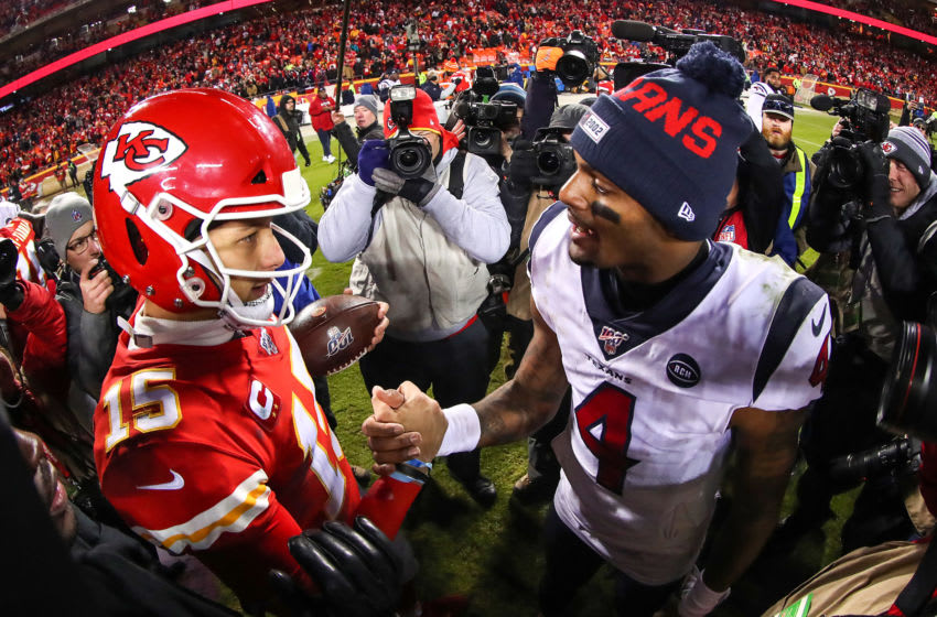 KANSAS CITY, MISSOURI - JANUARY 12: Will Fuller V #15 of the Houston Texans and Deshaun Watson #4 of the Houston Texans shake hands following the AFC Divisional playoff game at Arrowhead Stadium on January 12, 2020 in Kansas City, Missouri. (Photo by Tom Pennington/Getty Images)