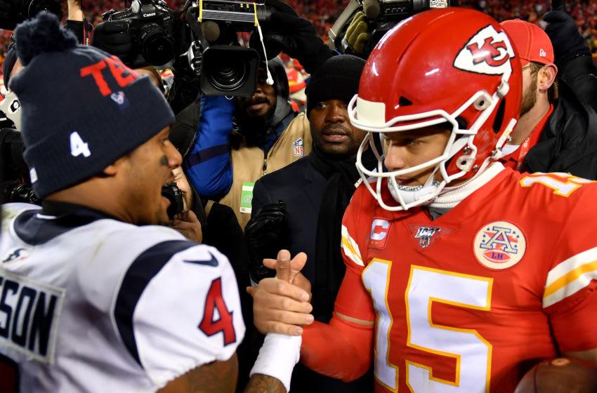 Houston Texans quarterback Deshaun Watson and Kansas City Chiefs quarterback Patrick Mahomes - Photo by Peter Aiken/Getty Images)