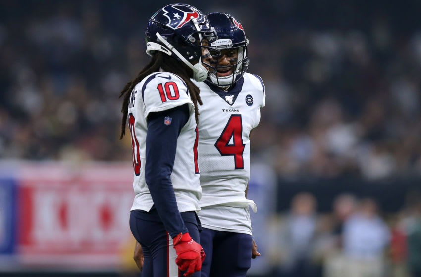 NEW ORLEANS, LOUISIANA - SEPTEMBER 09: Deshaun Watson #4 of the Houston Texans and DeAndre Hopkins #10 talk during a game against the New Orleans Saints at the Mercedes Benz Superdome on September 09, 2019 in New Orleans, Louisiana. (Photo by Jonathan Bachman/Getty Images)