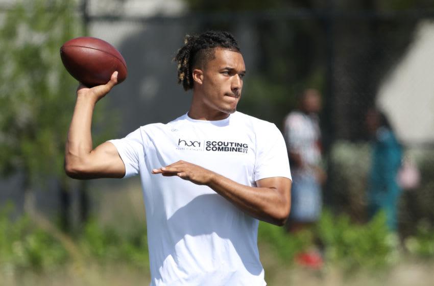 Quarterback Kellen Mond (Photo by Cliff Hawkins/Getty Images)