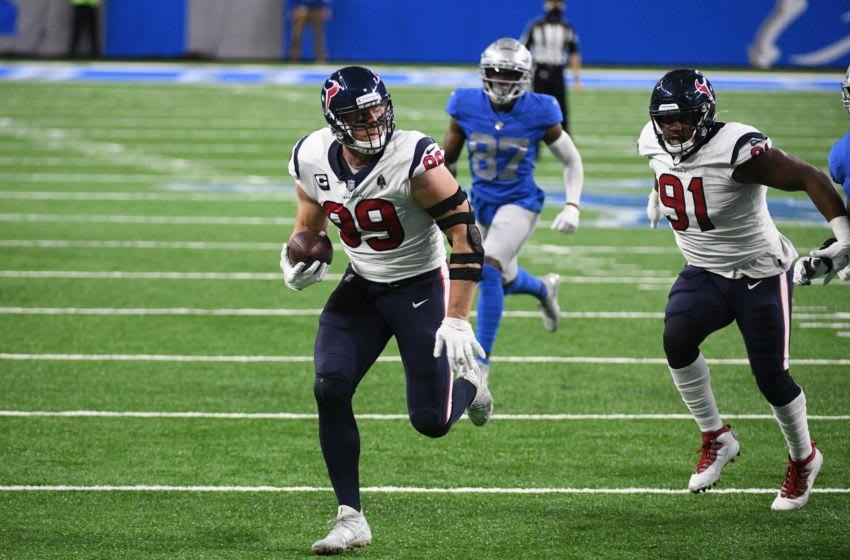 Houston Texans .J. Watt (99) runs for a touchdown Mandatory Credit: Tim Fuller-USA TODAY Sports