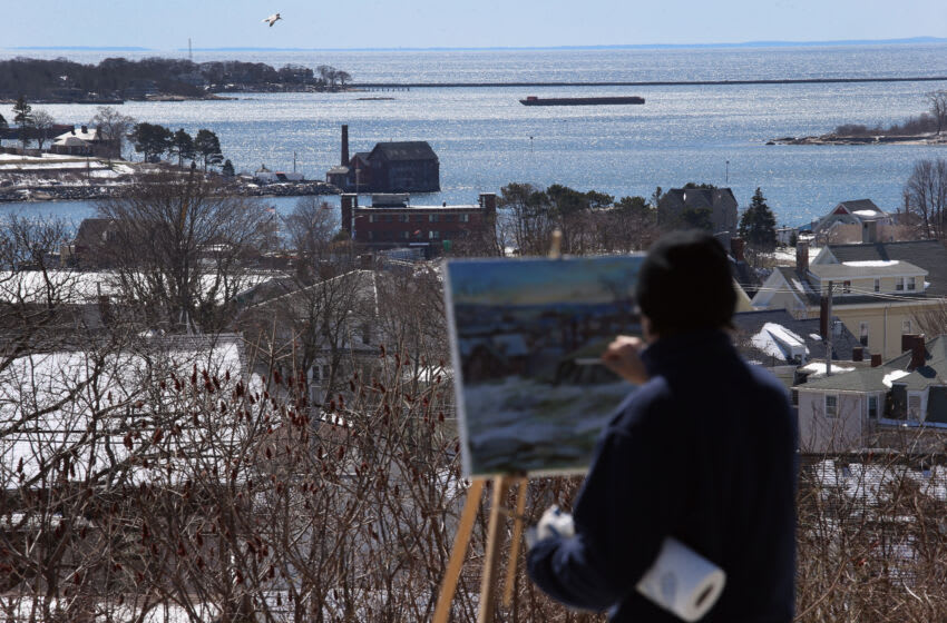 GLOUCESTER, MA - MARCH 22: An artist paints the Gloucester Harbor on March 22, 2016 in Gloucester, MA. Gloucester and communities across New England are struggling with an epidemic of overdose deaths due to heroin and opioid pain pill addiction. On March 15, the U.S. Centers for Disease Control (CDC), announced guidelines for doctors to reduce the amount of opioid painkillers prescribed nationwide, in an effort to curb the epidemic. The CDC estimates that most new heroin addicts first became hooked on prescription pain medication before graduating to heroin, which is stronger and cheaper. (Photo by John Moore/Getty Images)