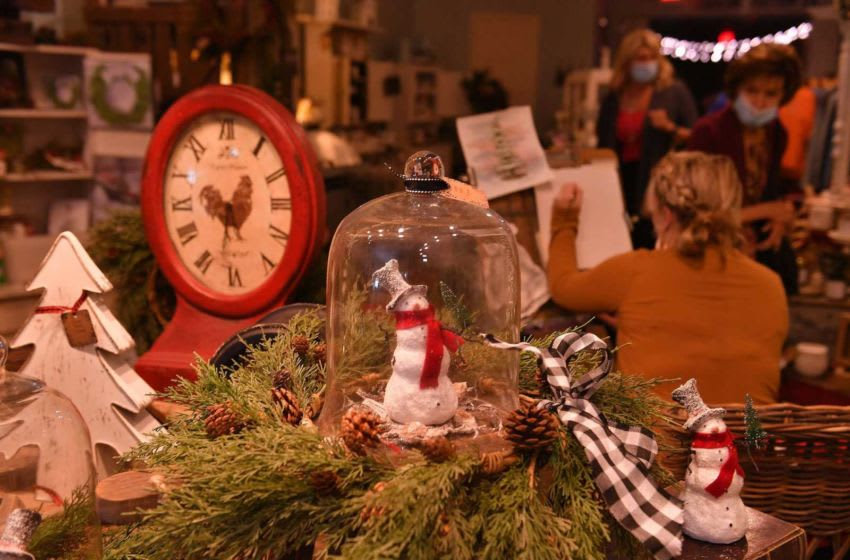 Market On Main held a holiday open house Tuesday at its store in downtown Spartanburg, November 10, 2020. Downtown boutiques are looking forward to Black Friday, Small Business Saturday and Cyber Monday following a tough year brought on by the COVID-19 pandemic. Shj Holiday 13