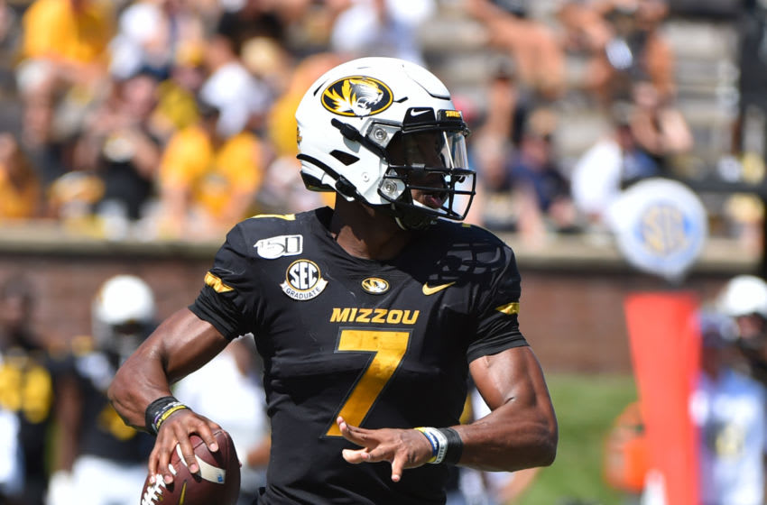 COLUMBIA, MISSOURI - SEPTEMBER 07: Quarterback Kelly Bryant #7 of the Missouri Tigers looks to pass against the West Virginia Mountaineers in the third quarter at Faurot Field/Memorial Stadium on September 07, 2019 in Columbia, Missouri. (Photo by Ed Zurga/Getty Images)