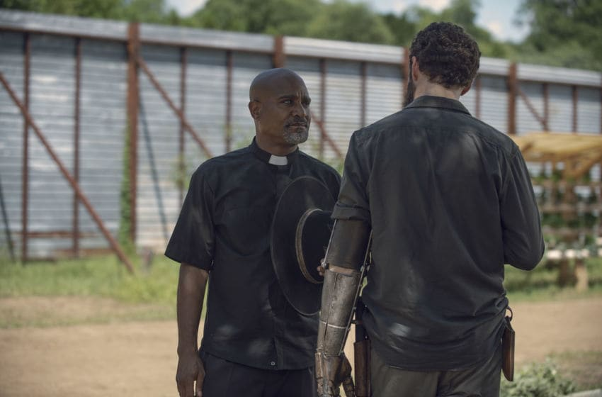 Seth Gilliam as Father Gabriel Stokes, Ross Marquand as Aaron - The Walking Dead _ Season 9, Episode 6 - Photo Credit: Gene Page/AMC