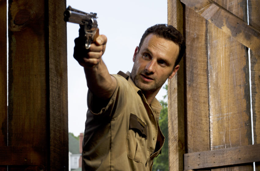Rick Grimes (Andrew Lincoln) - The Walking Dead _ Season 2 _ Gallery - Photo Credit: Matthew Welch/AMC