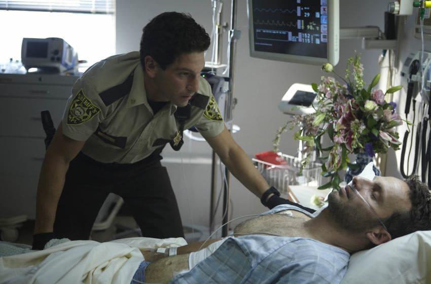 Shane Walsh (Jon Bernthal) and Rick Grimes (Andrew Lincoln) - The Walking Dead - Season 1 - Photo Credit: Matthew Welch / AMC