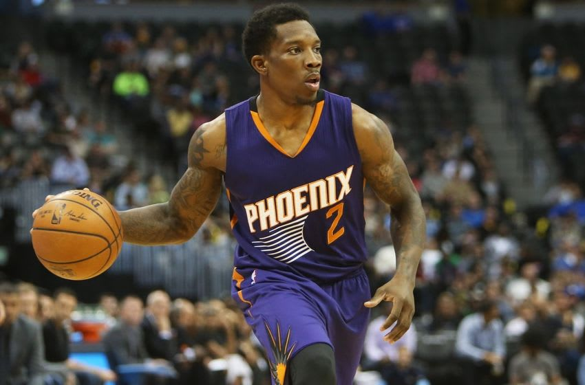 Nov 16, 2016; Denver, CO, USA; Phoenix Suns guard Eric Bledsoe (2) looks to pass the ball during the first half against the Denver Nuggets at Pepsi Center. Mandatory Credit: Chris Humphreys-USA TODAY Sports