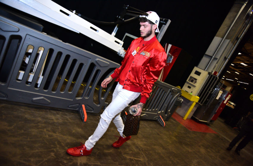 PHOENIX, AZ - JANUARY 20: Tyler Johnson #16 of the Phoenix Suns arrives prior to a game against the San Antonio Spurs on January 20, 2020 at Talking Stick Resort Arena in Phoenix, Arizona. NOTE TO USER: User expressly acknowledges and agrees that, by downloading and or using this photograph, user is consenting to the terms and conditions of the Getty Images License Agreement. Mandatory Copyright Notice: Copyright 2020 NBAE (Photo by Michael Gonzales/NBAE via Getty Images)