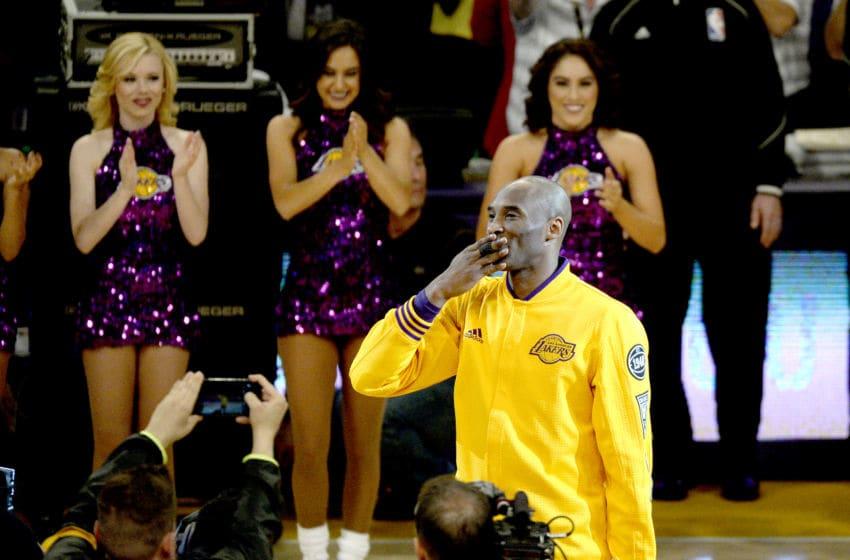 Kobe Bryant Phoenix Suns (Photo by Kevork Djansezian/Getty Images)