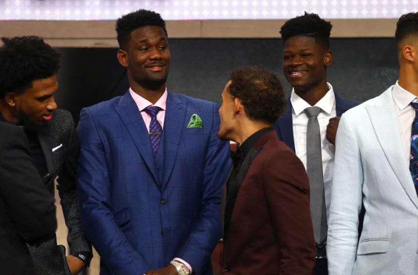 Deandre Ayton Trae Young Phoenix Suns (Photo by Mike Stobe/Getty Images)