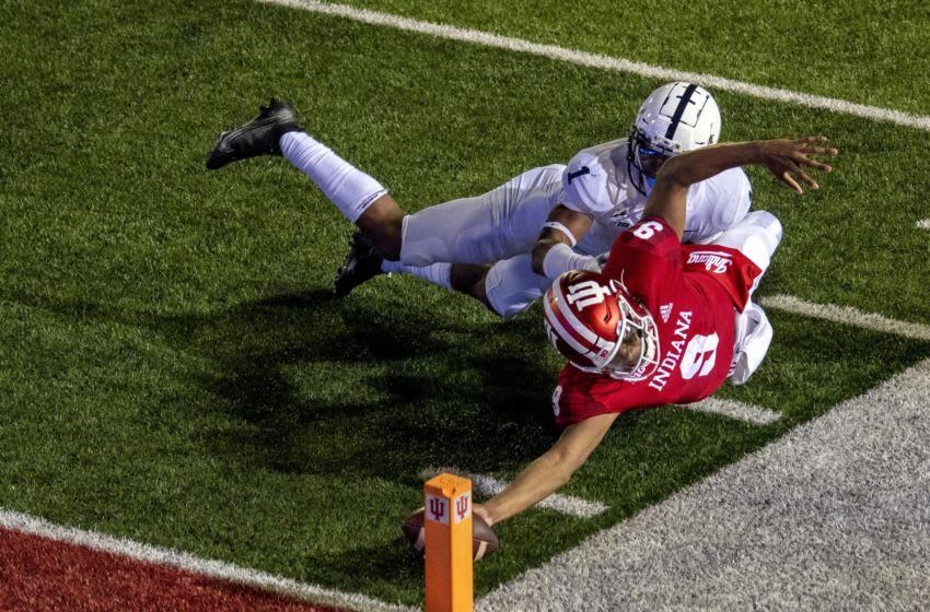 Indiana Hoosiers quarterback Michael Penix Jr. (Mandatory Credit: Marc Lebryk-USA TODAY Sports)