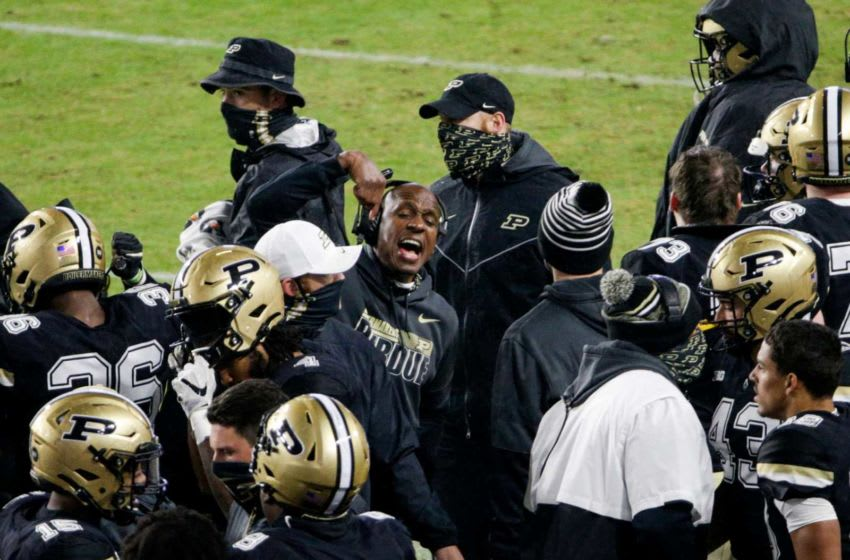 Purdue assistant coach Anthony Poindexter (Image via The Journal-Courier)